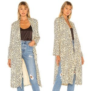 Cupcakes and Cashmere Arianne Leopard Duster Coat